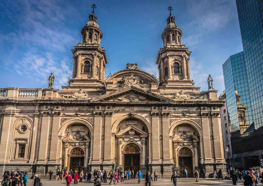 A belíssima Catedral Metropolitana de Santiago