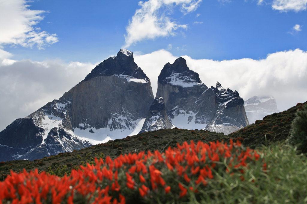 O Parque Nacional Torres del Paine é famoso por sua incrível cadeia montanhosa